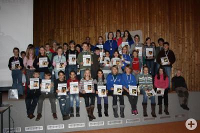 Gruppenbild Siegerehrung Ortsgruppenmeisterschaften mit 66 Startern im Februar 2010
