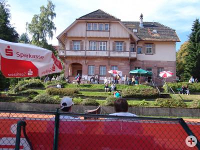 Platz 1 auf der Tennisanlage am Schierenberg